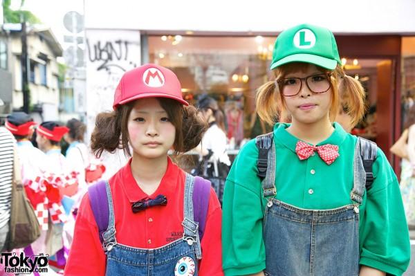 Cute Mario & Luigi Girls in Harajuku