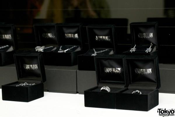 Alice Black Jewelry 2012 SS (18)