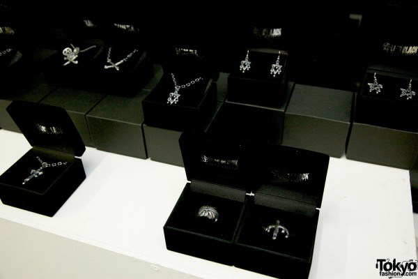 Alice Black Jewelry 2012 SS (19)