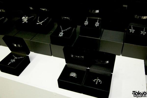 Alice Black Jewelry 2012 SS (19)