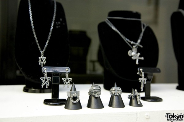 Alice Black Jewelry 2012 SS (22)