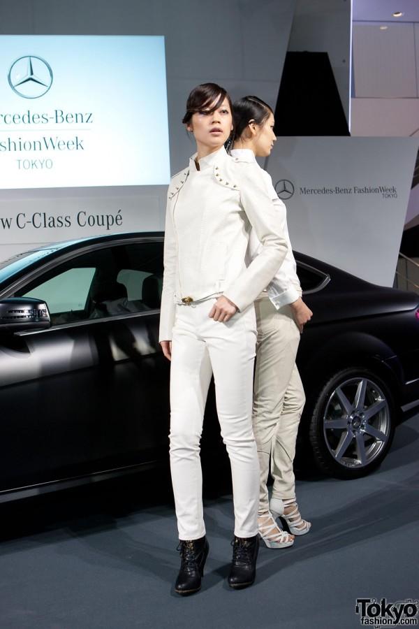 Mercedes-Benz C-Class Coupe Premier x Vantan (6)