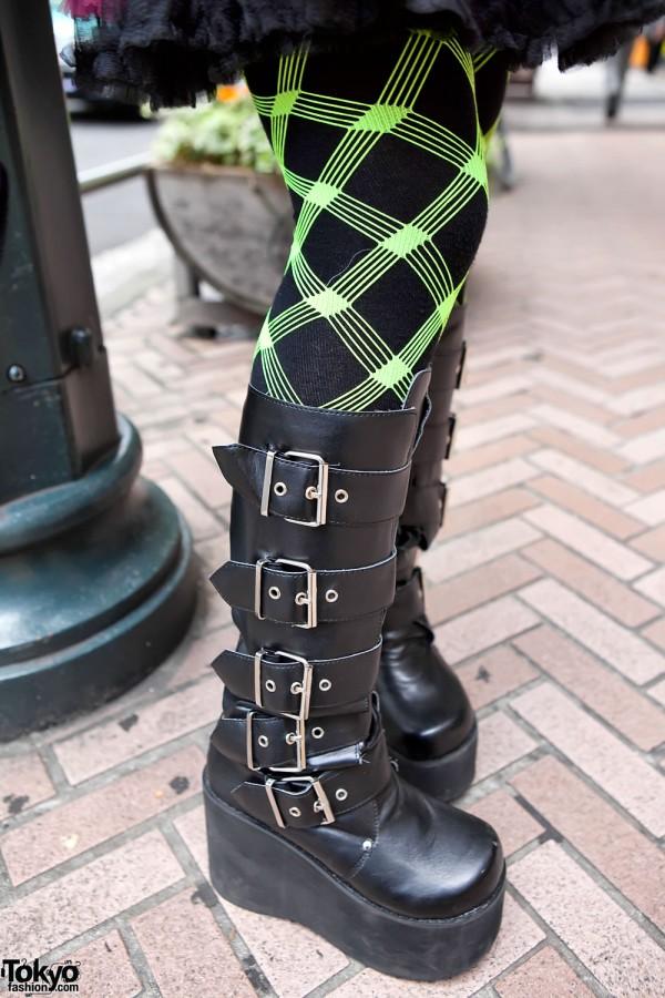 Neon Tights & Buckle Boots in Shibuya