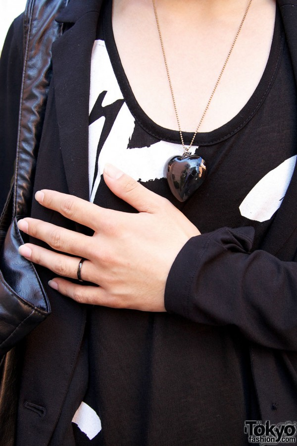 Black heart pendant & ring