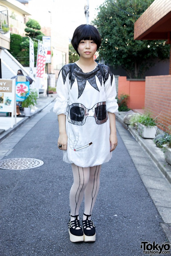 Harajuku Girl in G2? Dress