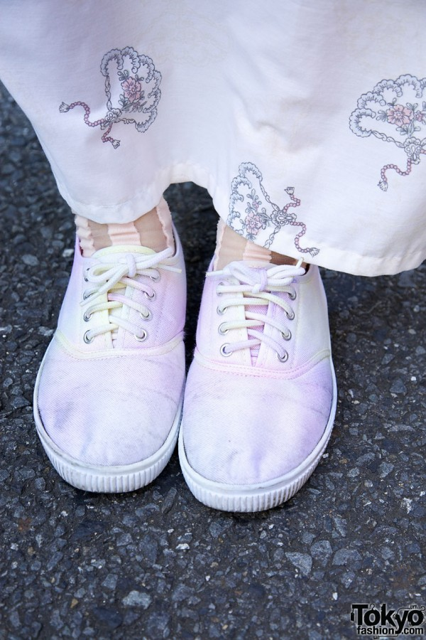 Maxi skirt & canvas sneakers in Harajuku