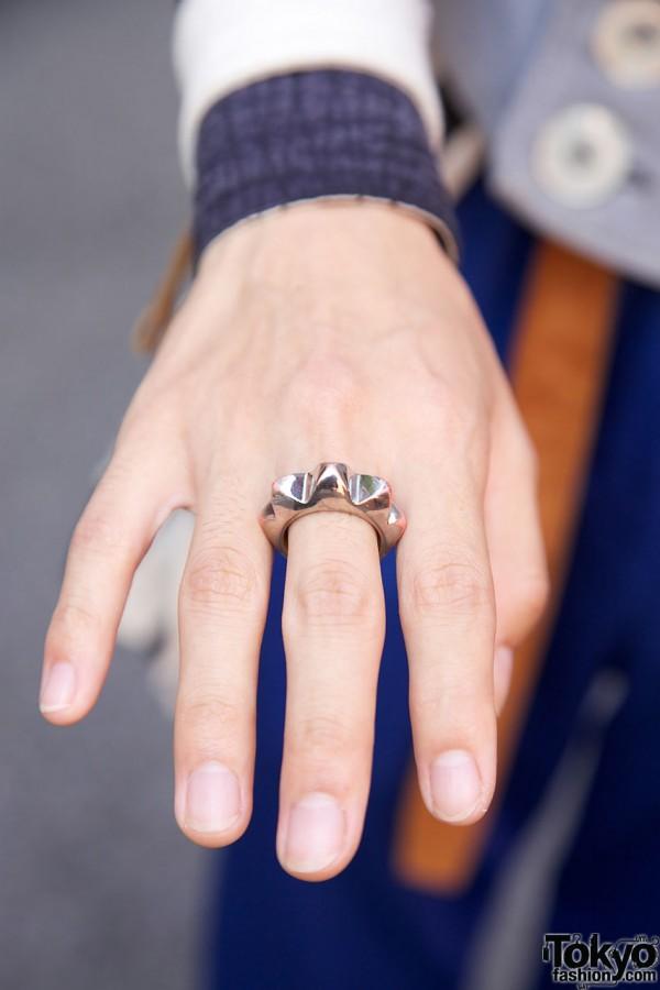 Eye-catching silver ring in Harajuku