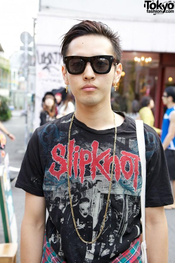 Resale Slipknot t-shirt & gold chain in Harajuku
