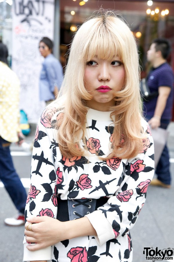 Blonde Hair & Red Lipstick in Harajuku
