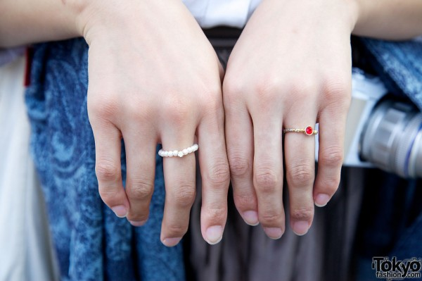 Small rings in Harajuku