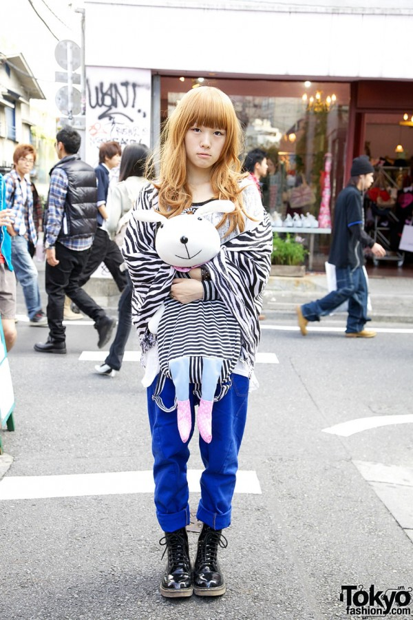 Japanese Girl & Cute Rabbit in Harajuku