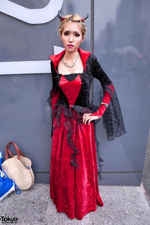 Halloween Devil Girl in Harajuku
