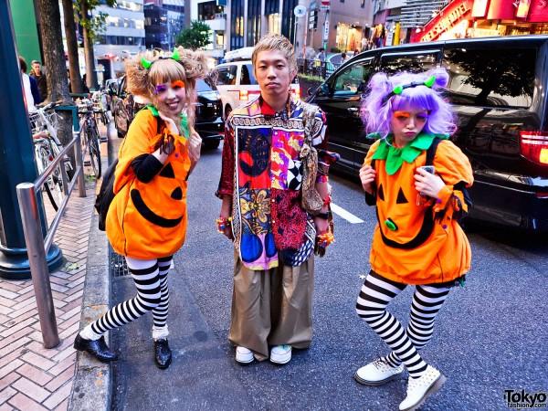 Halloween Pumpkin Girls in Shibuya