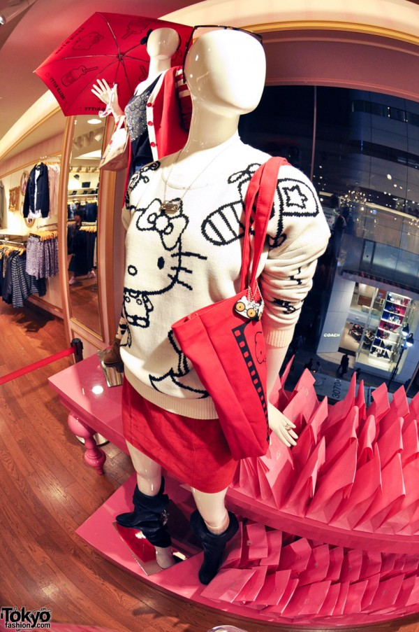 Hello Kitty x Forever 21 Shibuya (8)