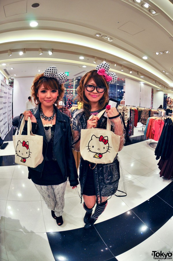 Hello Kitty x Forever 21 Shibuya (32)