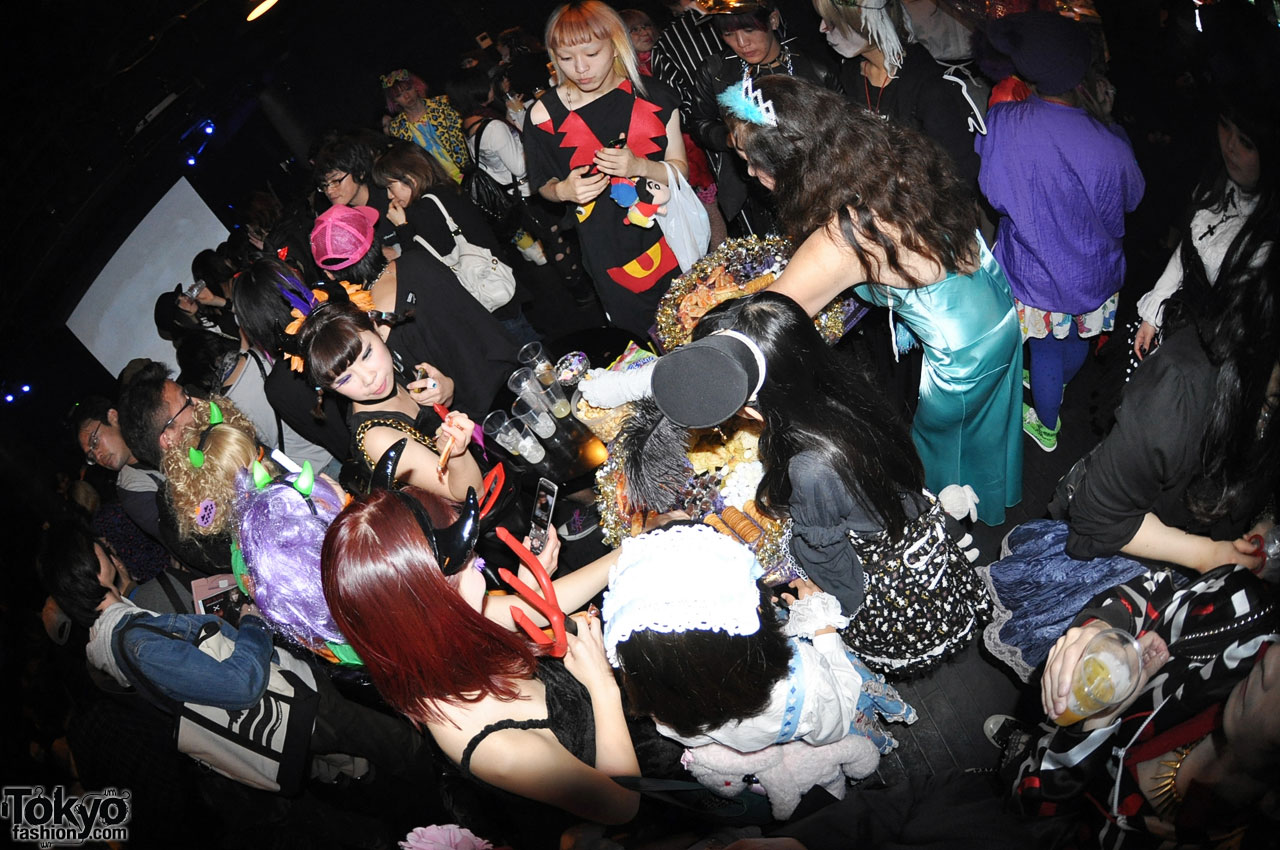 funtasy halloween night party in tokyo 7 - Halloween Night Party