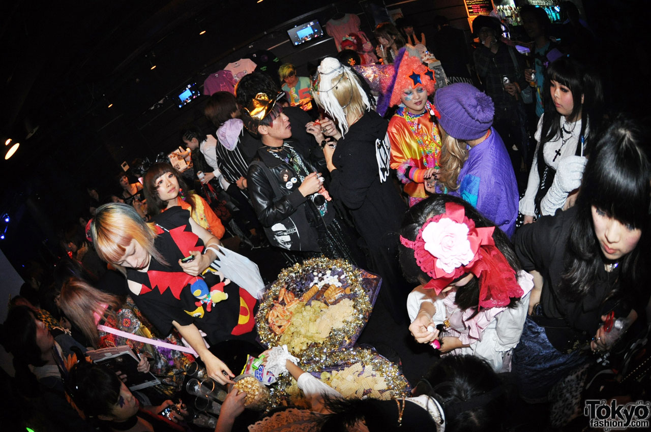funtasy halloween night party in tokyo 9 - Halloween Night Party
