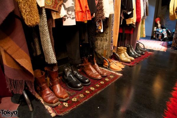 Qosmos Shibuya Vintage Boutique (7)
