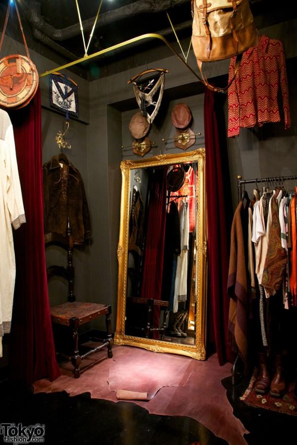 Qosmos Shibuya Vintage Boutique (37)