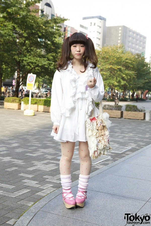 Twintail Hairstyle, Baby The Stars Shine Bright Rocking Horse Shoes & Dolly Kei Bag in Shinjuku