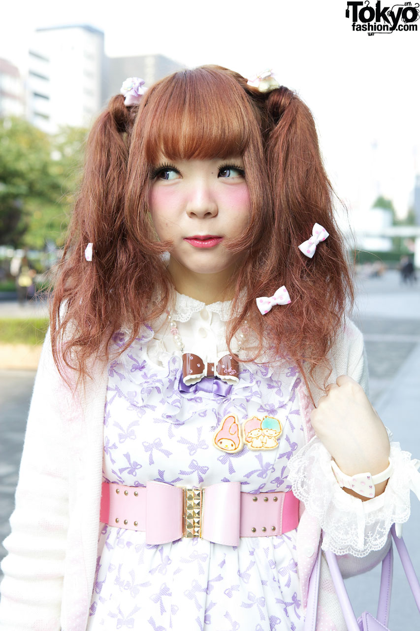 Pretty In Pink 10 Pink Makeup Looks With Voluminous Curly: Japanese Girl's Angelic Pretty Dress, F.I.N.T. Shoes