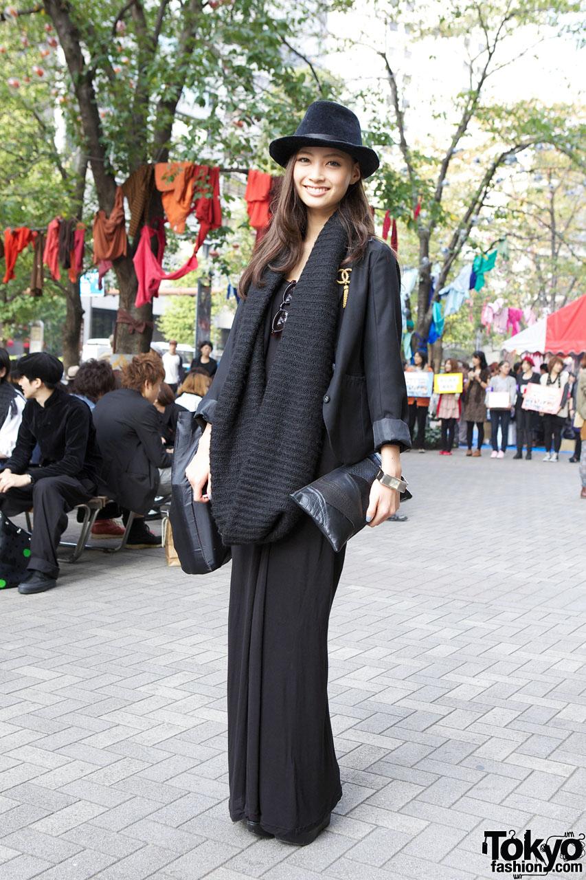 All Black Tokyo Street Style W/ H&M Dress