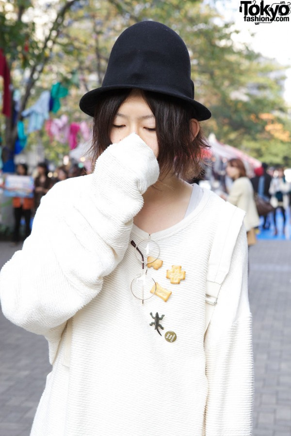 American Apparel top & face-molded hat in Shinjuku