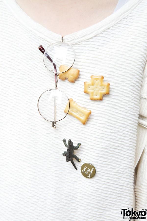 Handmade biscuit pins in Shinjuku