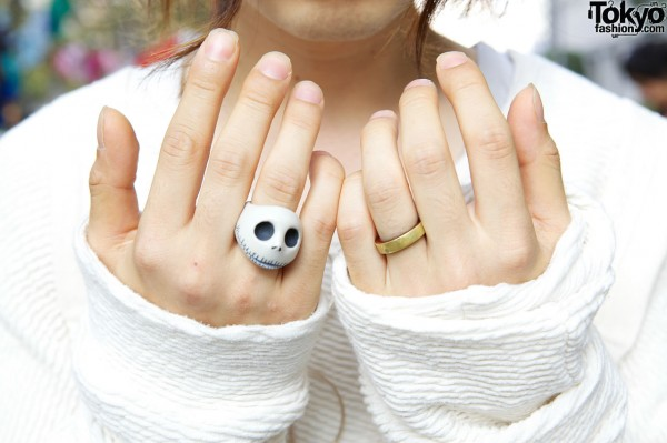 Jack Skeleton ring & gold band in Shinjuku