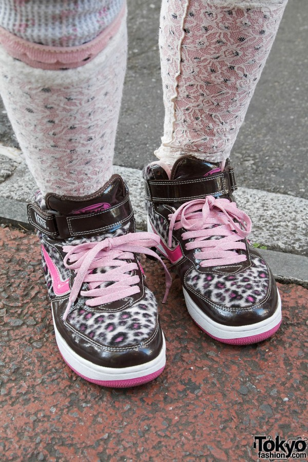 Pink Vans Sneakers in Harajuku