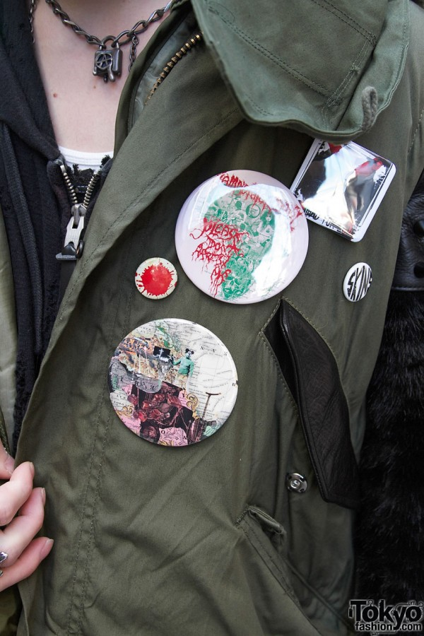 Art-inspired buttons in Harajuku