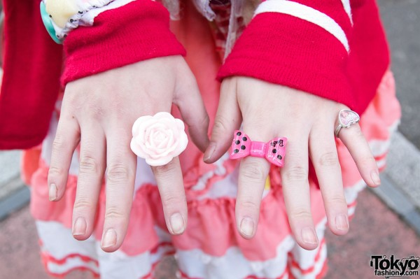 Flower and Bow Rings in Harajuku