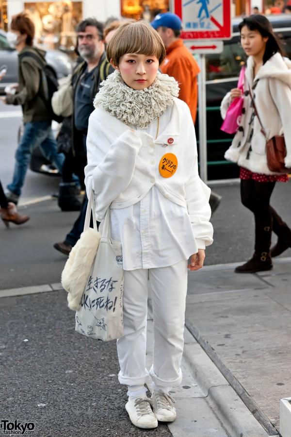 Harajuku Girl in All White Fashion