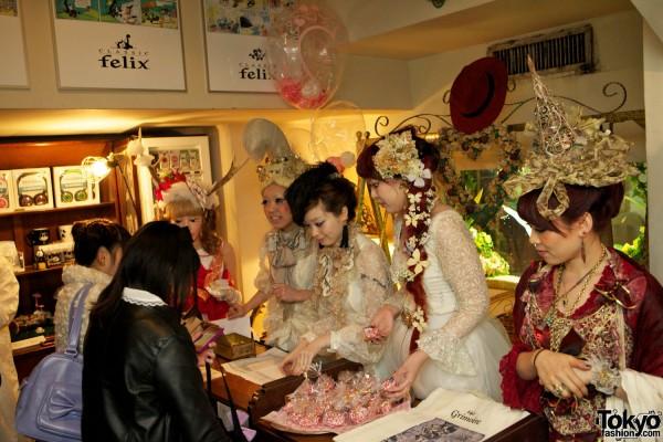 Grimoire Tokyo Dolly Kei Christmas (6)