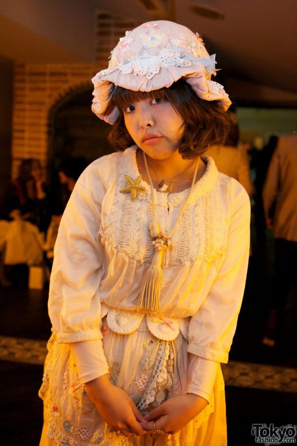 Grimoire Tokyo Dolly Kei Christmas (12)