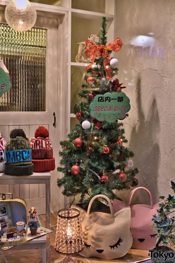 Takeshita Dori - Harajuku Christmas (77)