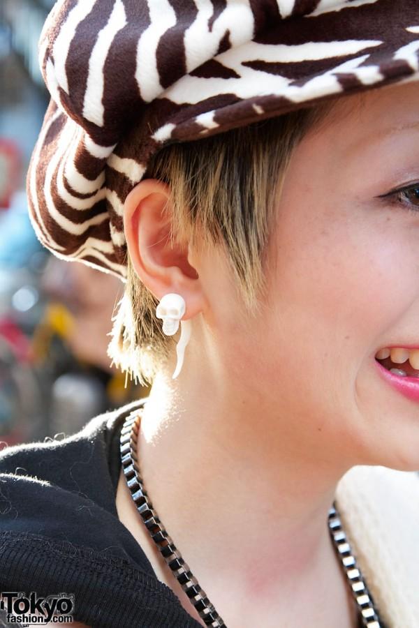 Skull earring & zebra cap in Harajuku