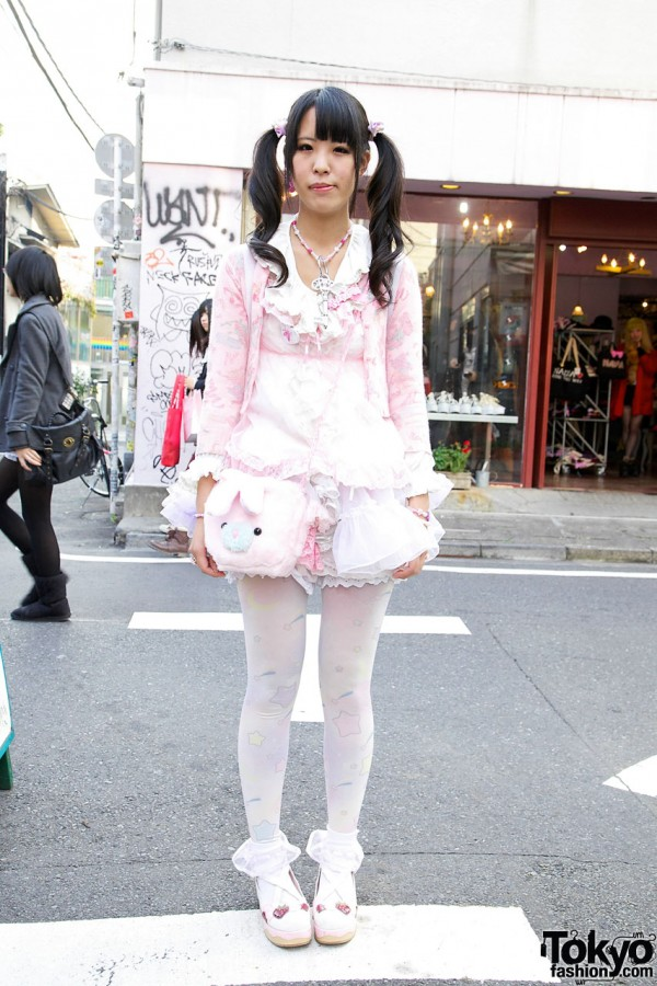 Fairy Kei in Harajuku w/ Monascas Bananas Dress & Spank! Unicorn Backpack