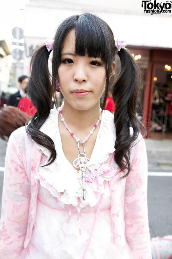 Beaded necklace w/ key in Harajuku