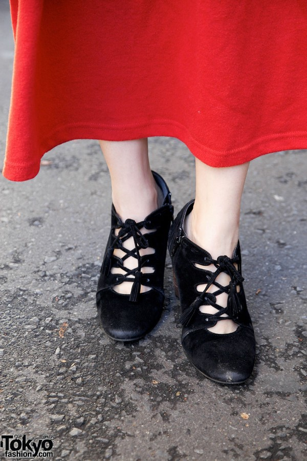 Retro-style shoes from Internet shop in Harajuku