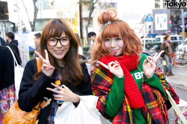 Happy Hairclip & WC Knit Sweater