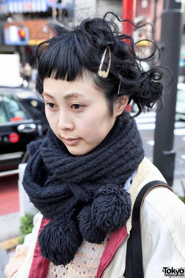 Harajuku Hairstyle & Thick Scarf