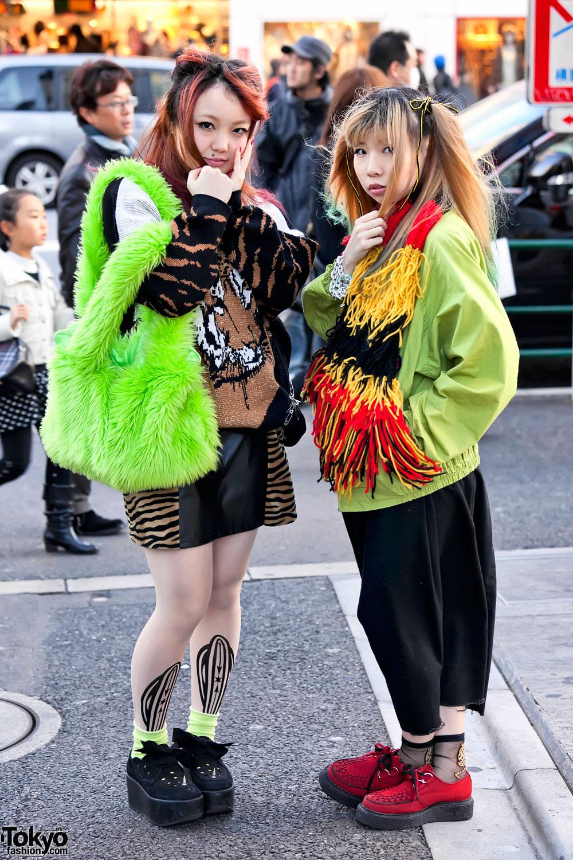 Harajuku Girls In Green