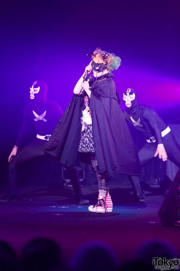 Ami & Aya - Harajuku Kawaii (5)