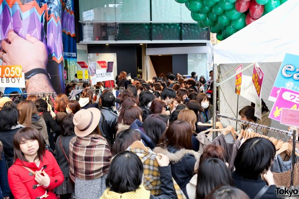 LaForet Harajuku Grand Bazar Winter 2012 (6)