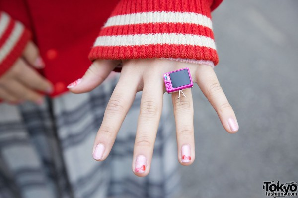 Cute TV Ring from 3Coins