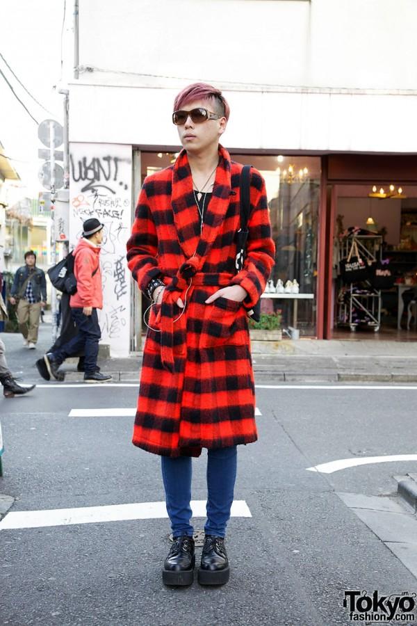 Harajuku Guy w/ Red Kinsella Coat, Skinny Jeans & Platform Creepers