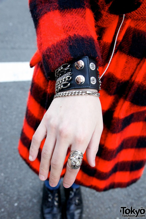 Chain Bracelet & Skull Ring in Harajuku
