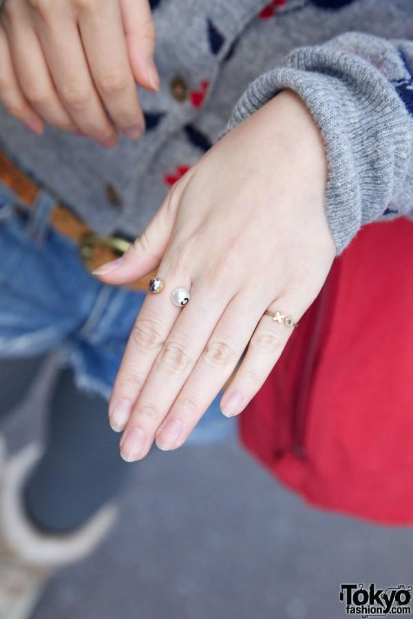 Delicate rings in Harajuku