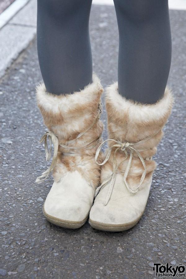 Fur & suede boots in Harajuku